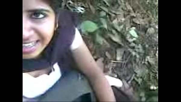 Cute Indian desi gf fuck and suck bf dick outdoor