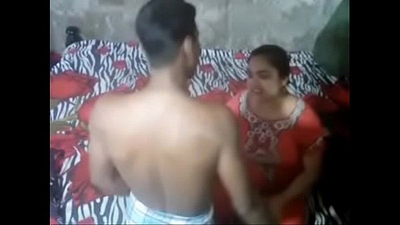 Desi xnxx aunty caught fucking on camera